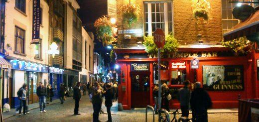 Temple_Bar_Dublin_at_Night
